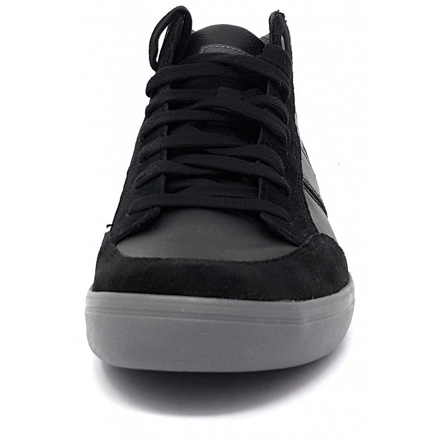 Geox Box Schnürschuh in schwarz